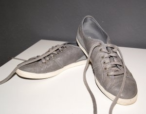 Graue Sneakers von Esprit