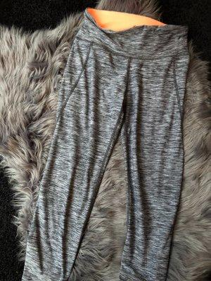 H&M pantalonera gris
