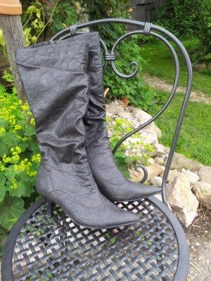 Graue Stiefel von Graceland
