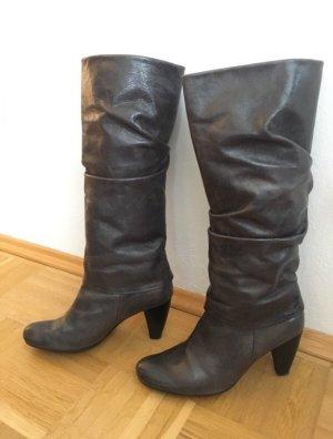 Graue Stiefel von K&S