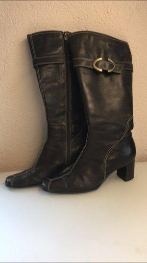 Graue Stiefel von Tamaris