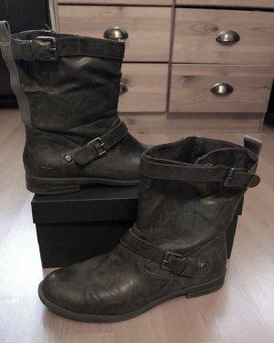 Graue Tamaris Stiefel 39 mit Riemchen