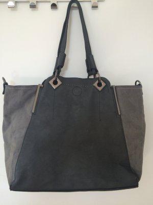 Graue Tasche mit Innentasche und langen Bügeln