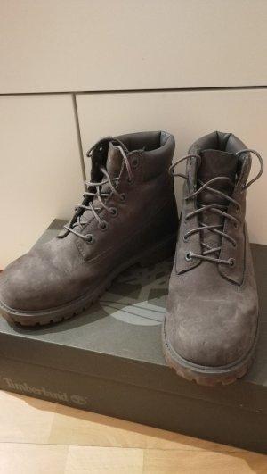 Graue Timberland Schuhe