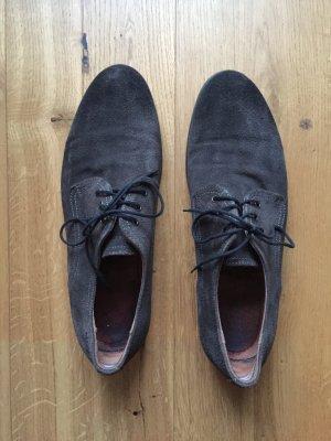 Graue Wildleder Schuhe von Marc O'Polo