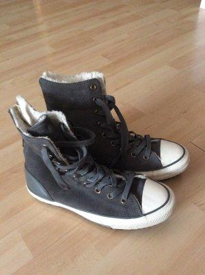 Graue Winter Converse mit Futter Gr 38