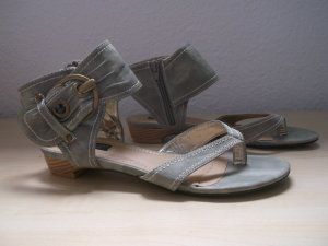 Jumelles High-Heeled Toe-Post Sandals light grey leather