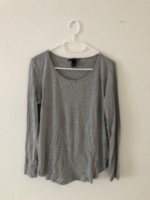 Grauer Basic Pullover