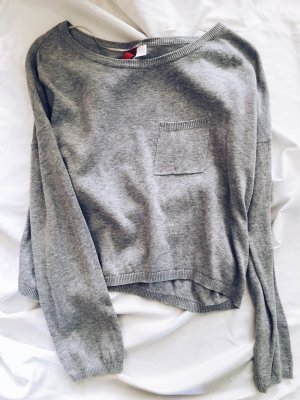 Grauer Crop Pullover