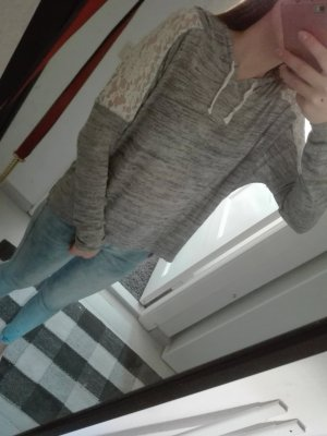Review Pull oversize blanc-gris clair