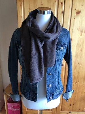 Grauer Flauschiger Schal von Tchibo