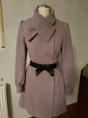 grauer leichter frühlings Mantel