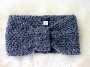 Grauer Loop-Schaal aus Wolle