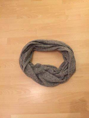 Grauer Loop-Schal von H&M
