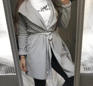 Abrigo de forro gris claro