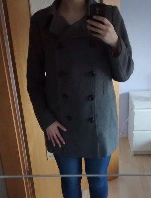Grauer Mantel von C&A