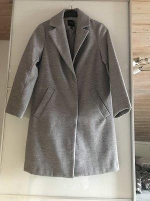 Grauer Mantel von New Look