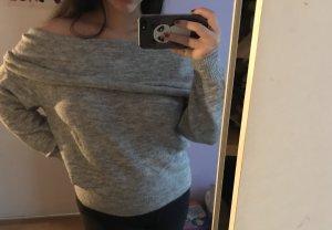 Grauer Off Shoulder Pullover
