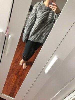 Grauer Oversize Sweater / Pullover / Strickpullover