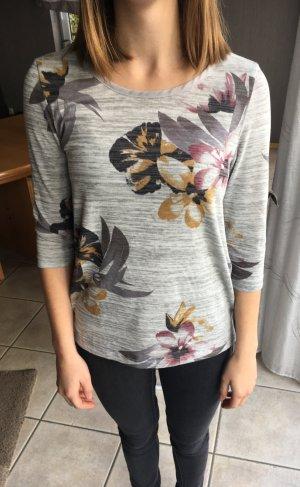 Grauer Pulli mit Blumen und transparentem Rückenausschnitt