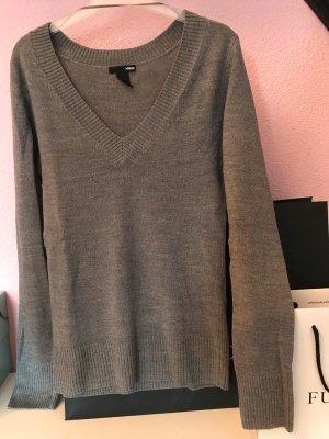 Grauer Pullover H&M mit V-Ausschnitt NEU
