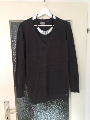 Grauer Pullover mit V-Ausschnitt oversize von Street One