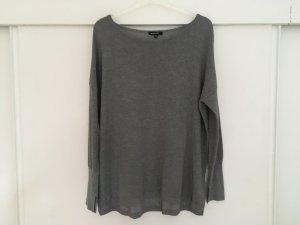 Grauer Pullover More & More