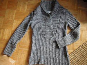 Grauer Pullover Schalkragen Gr. S