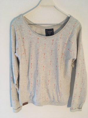 grauer Pullover | Shisha