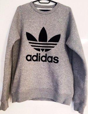 Grauer Pullover von Adidas