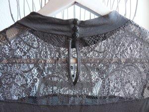 Grauer Pullover von Esprit mit edlen transparenten Spitzendetais