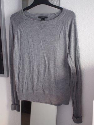 Grauer Pullover von Forever21 Basic