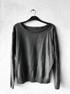 Grauer Pullover von Marc O Polo