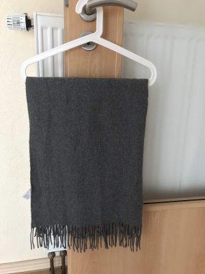 Grauer Schal von Only