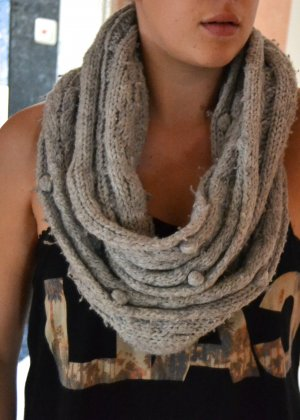 Abercrombie & Fitch Knitted Scarf silver-colored