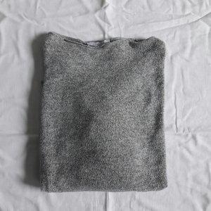 Grauer weicher Pullover ZARA M