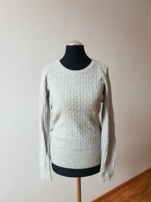 Cable Sweater light grey