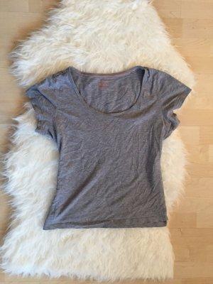 Graues Basic T- Shirt