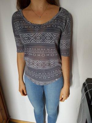 graues ethno shirt von Hollister XS
