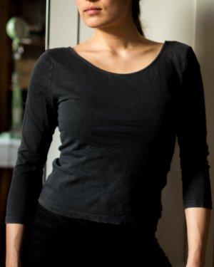 Graues figurbetonendes Shirt Größe 38