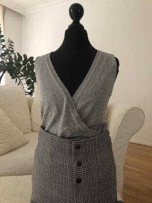 Graues Herbst & Winter Outfit Hose und Oberteil | S