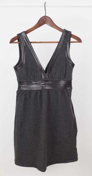 Graues Jersey Kleid mit Pailletten