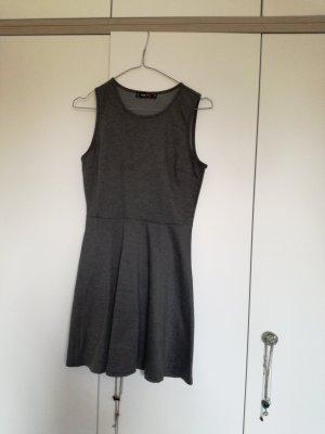 FB Sister Vestido de tela de jersey gris oscuro