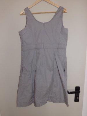 Graues Kleid in Größe 40