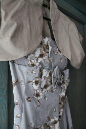 graues kleid mit beige wei en blumen made in italy gr 34. Black Bedroom Furniture Sets. Home Design Ideas