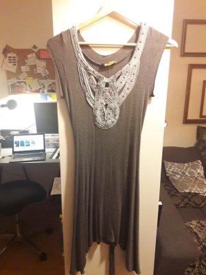 Graues Kleid von Chilli