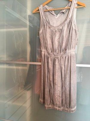 Graues Kleid von Esprit