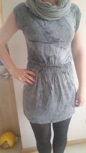 graues Kleid von Gestuz in Größe S