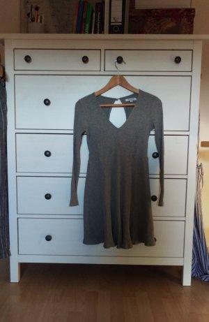 graues, langärmliges Kleid von Glamorous mit Rückenausschnitt
