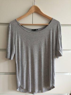 graues lockeres Shirt